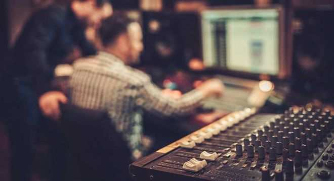 Masterclass Introduction to Music Production
