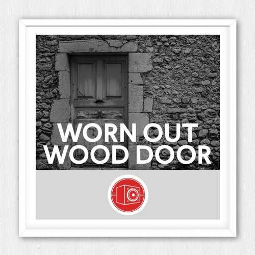 Worn Out Wood Door WAV | Images From Magesy® R Evolution™